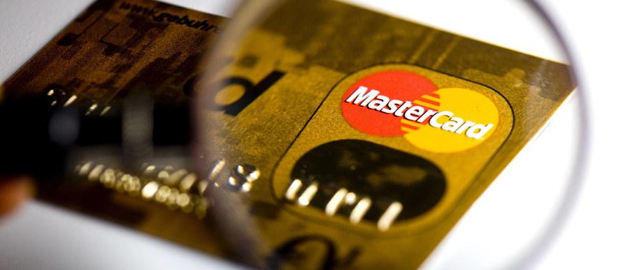 Problemy z systemem księgowania transakcji w Mastercard. Dziesiątki tysięcy osób mogą mieć nieprawidłowo zapisane płatności, których dokonywały kartami debetowymi i kredytowymi tej sieci na początku miesiąca.
