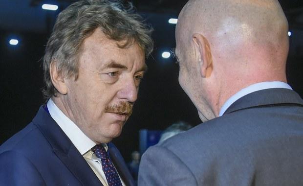 """Zbigniew Boniek został wybrany na czteroletnią kadencję do Komitetu Wykonawczego UEFA. W głosowaniu prezes PZPN zebrał 45 głosów, co było czwartym rezultatem. Kandydaci walczyli o osiem miejsc. """"Ten 82-procentowy wynik pokazuje, jak wielkie poparcie miał nasz kandydat"""" - ocenił sekretarz generalny PZPN Maciej Sawicki."""