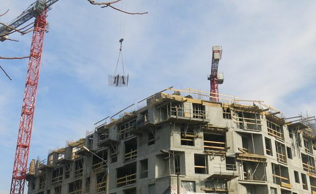 Bank Gospodarstwa Krajowego od piątku wstrzyma przyjmowanie wniosków o dofinansowanie w ramach programu Mieszkanie dla Młodych na 2018 r. - poinformował BGK. Ostatnia transza na 2018 r. ruszy w styczniu przyszłego roku.