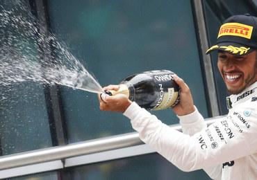 Formuła 1: Hamilton wygrał w Szanghaju