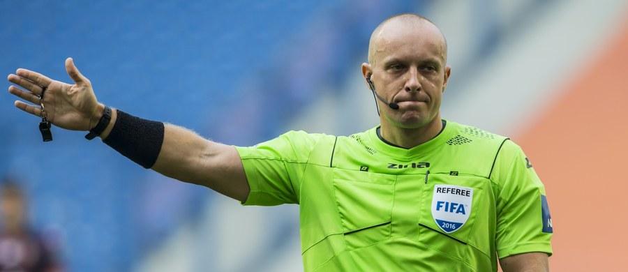 Szymon Marciniak będzie sędzią wtorkowego ćwierćfinału piłkarskiej Ligi Mistrzów, w którym Juventus Turyn podejmie Barcelonę. Jego asystentami w meczu, który rozpocznie się o godz. 20:45, będą Tomasz Listkiewicz i Paweł Sokolnicki.