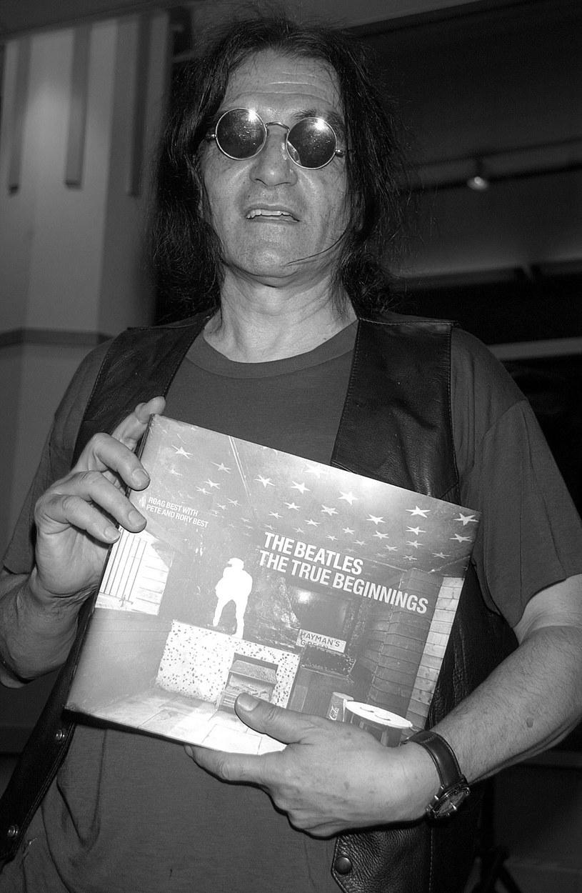 6 kwietnia w Nowym Jorku zmarł David Peel. Pod koniec marca muzyk trafił do szpitala po zawale serca.