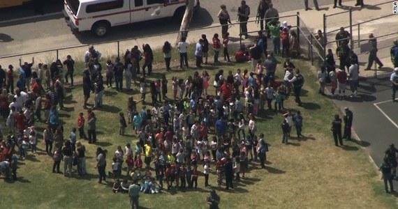 Tragedia w szkole podstawowej w kalifornijskim San Bernardino. Napastnik zastrzelił nauczycielkę i ciężko ranił dwóch uczniów, z których jeden zmarł później w szpitalu.