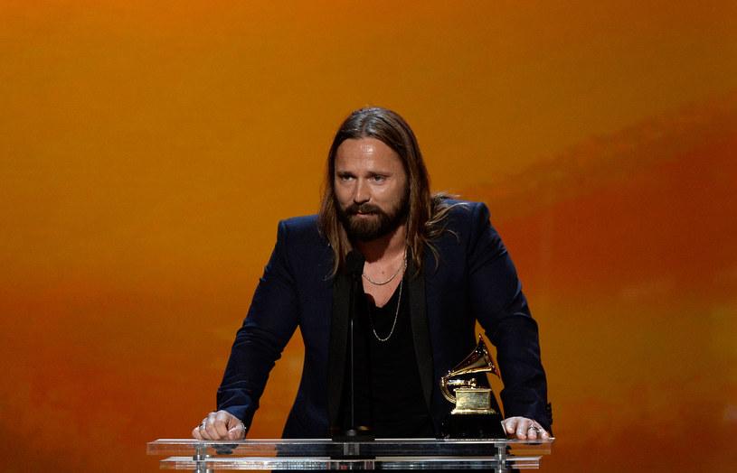 """Szwedzki kompozytor i autor tekstów w wywiadzie, którego udzielił z magazynowi """"DiWeekend"""", zdradza, na jakich fundamentach powinien budowany być popowy singel."""