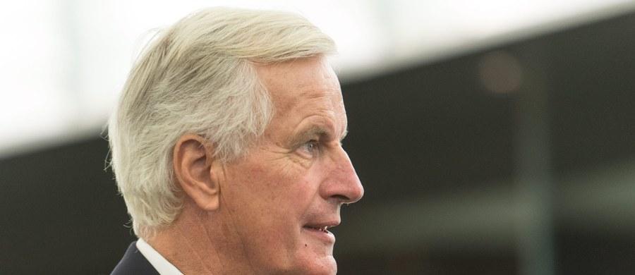 Do Polski przyjedzie główny unijny negocjator wyjścia Wielkiej Brytanii z Unii Europejskiej, Michel Barnier - ustaliła korespondentka RMF FM. Były unijny komisarz ds. rynku wewnętrznego przyjedzie do Polski 20 kwietnia, czyli na 9 dni przed szczytem 27 unijnych przywódców, na którym mają zostać przyjęte ostateczne wytyczne na rokowania z Londynem.