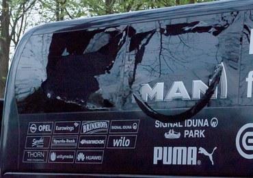 Niemcy: Dwóch podejrzanych ws. zamachu na autobus z piłkarzami