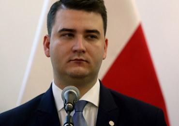 Misiewicz stanie przed komisją PiS. Antoni Macierewicz też...