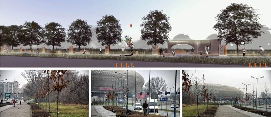22 kwietnia w Krakowie odbędzie się uroczyste otwarcie Alei Podróżników, Odkrywców i Zdobywców. Zostaną w niej uhonorowani wielcy Polacy. Każdy z nich będzie miał osobne miejsce - z rosnącym dębem i tablicą informującą o wielkich wyczynach. Aleja powstała przy ulicy Lema, w sąsiedztwie Tauron Areny. Już teraz zapraszamy na wielką inaugurację!