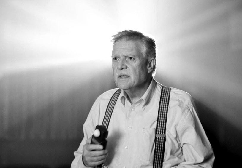 Michael Ballhaus, niemiecki operator o międzynarodowej sławie współpracujący z największymi twórcami Hollywood, zmarł w nocy z wtorku na środę w Berlinie w wieku 81 lat - poinformowało wydawnictwo DVA Sachbuch, powołując się na rodzinę artysty.