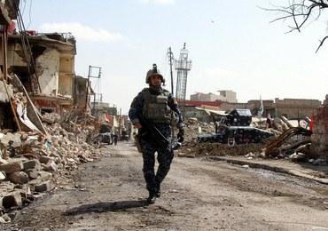 Dramatyczna sytuacja mieszkańców Mosulu. Żyją tylko dzięki deszczówce i roślinom