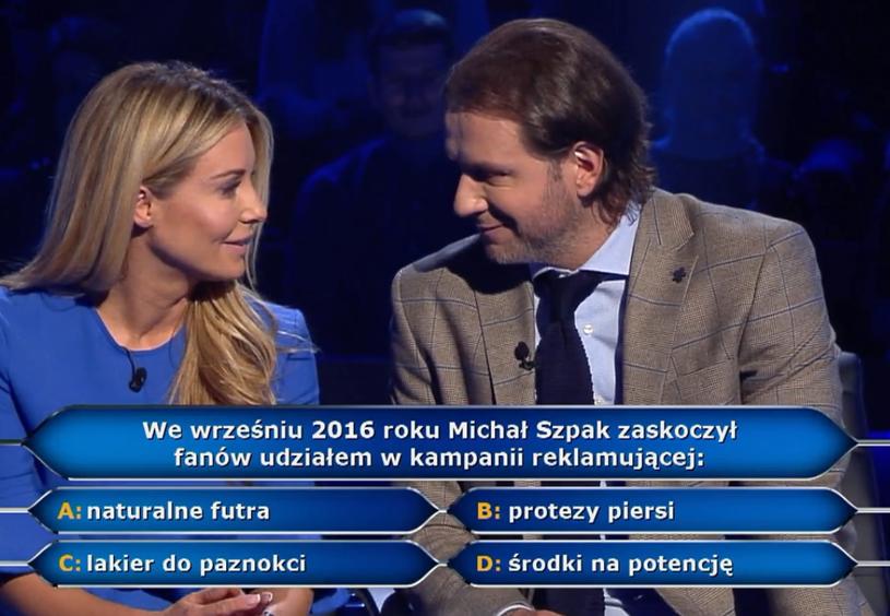 """W wielkanocny poniedziałek zobaczyliśmy świąteczne wydanie """"Milionerów"""". Małgorzata Rozenek i Radek Majdan trafili na pytanie o Michała Szpaka."""