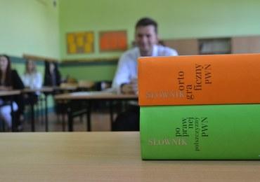 Egzamin gimnazjalny już jutro. Co czeka uczniów?
