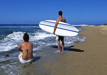Rekin zaatakował 17-letnią surferkę. Rodzina widziała to z brzegu