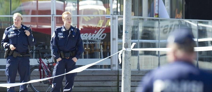 W Finlandii na 1000 mieszkańców przypada jeden policjant. Nigdzie indziej w Europie nad bezpieczeństwem mieszkańców nie czuwa tak mała liczba policjantów. Finlandia jest jednocześnie najbezpieczniejszym krajem świata według Światowego Forum Ekonomicznego.
