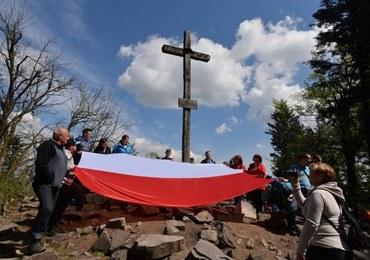 Rozwiesiliśmy flagi na pięciu szczytach! Tak świętowaliśmy Dzień Flagi