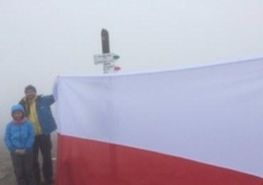 Flaga na szczycie Babiej Góry. To fantastyczne uczucie, że mogłem ją tam rozwinąć