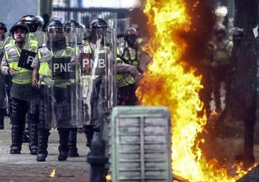 Rośnie napięcie w Wenezueli. 11 ofiar zamieszek w stolicy