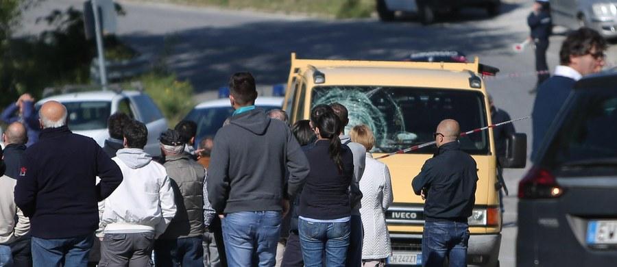 Kolarski peleton w szoku po tragicznej śmierci Michele Scarponiego. Za pośrednictwem portali społecznościowych kondolencje spływają z całego świata. Zwycięzca Giro d'Italia w 2011 roku zginął w sobotę rano podczas treningu, potrącony przez samochód.
