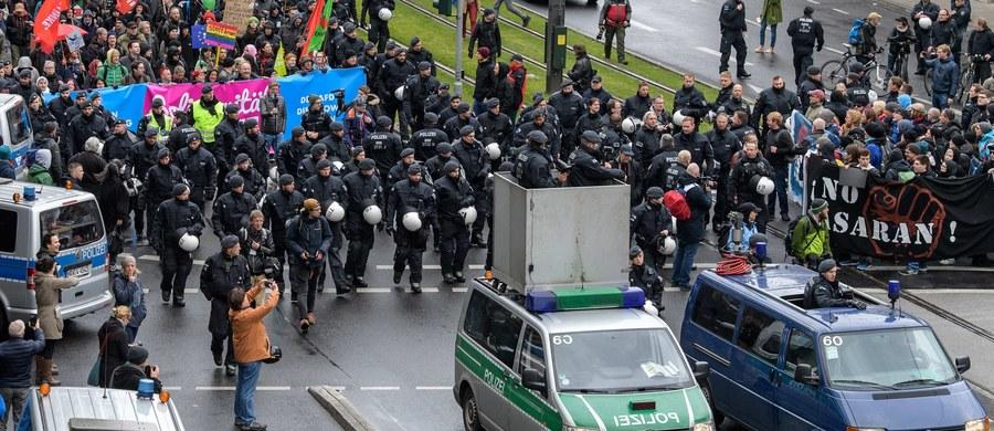 Na pięć miesięcy przed wyborami parlamentarnymi w Niemczech, w Kolonii rozpoczął się zjazd Alternatywy dla Niemiec (AfD) - eurosceptycznego i antymigranckiego ugrupowania liczącego na zdobycie po raz pierwszy w swojej historii mandatów do Bundestagu.