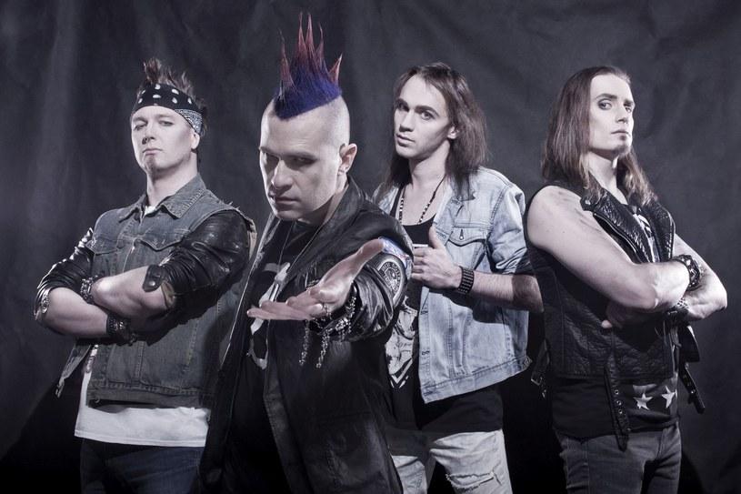 """Poniżej możecie zobaczyć teledysk do tytułowego nagrania z płyty """"Riots in Heaven"""" wrocławskiej grupy Nasty Crue."""