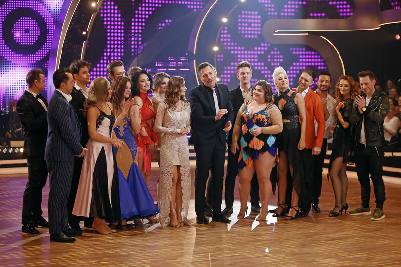 """W następnym odcinku uczestnicy programu """"Dancing with the Stars. Taniec z Gwiazdami"""" zatańczą dla swoich bliskich. Komu chcieliby zadedykować występ?"""
