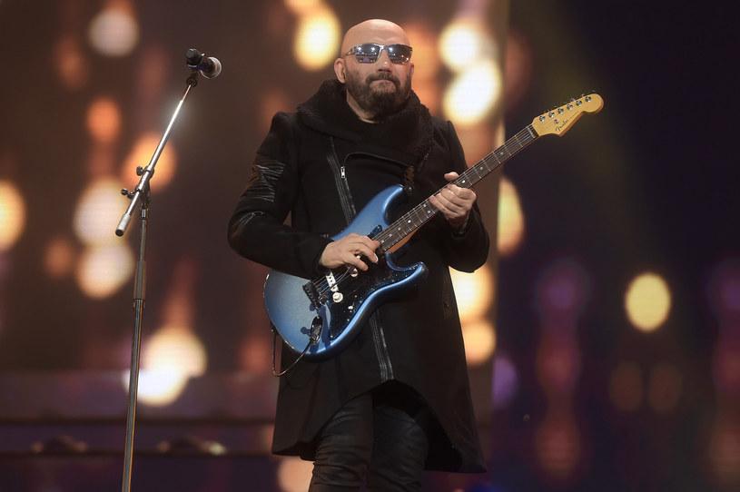 Kolejna odsłona pierwszomajowego święta gitary zbliża się wielkimi krokami. Do listy gości Gitarowego Rekordu Guinnessa dołączył Grzegorz Skawiński, filar formacji Kombi, Skywalker, O.N.A. i Kombii, muzyk, który w ubiegłym roku obchodził jubileusz 40-lecia pracy artystycznej.