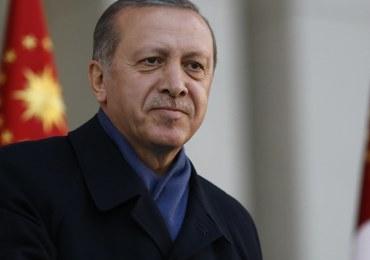 Erdogan: Turcja powinna ponownie rozważyć, czy chce wejść do UE