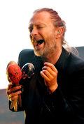 """Thom Yorke """"śpiewa"""" utwór """"Gasolina"""". Hit sieci!"""