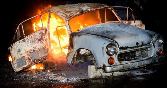 Syrena w ogniu. Kto i dlaczego spalił relikt PRL-u?