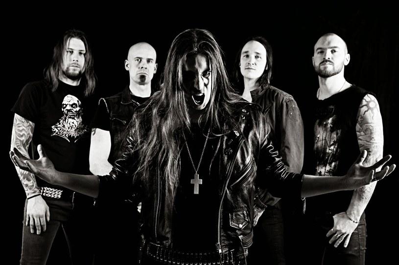 Dużymi krokami zbliża się premierą drugiego albumu szwedzkiego Below.