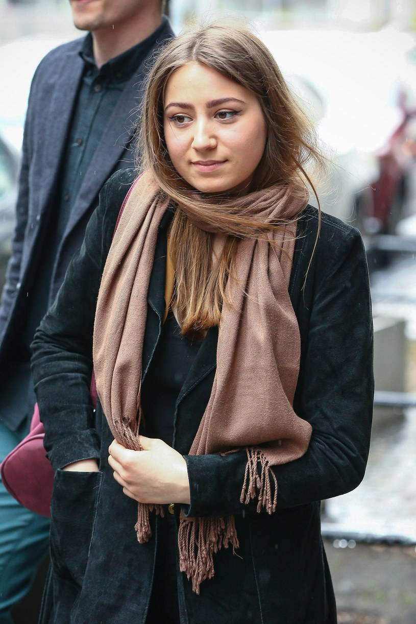 """W """"Dzień dobry TVN"""" zaprezentowała się Zuzanna Gadowska, 20-letnia córka Artura Gadowskiego, wokalisty grupy IRA."""