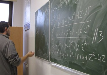 Będą podwyżki dla nauczycieli. W ciągu trzech lat o 15 procent. Zmiany również w Karcie Nauczyciela