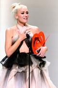 Gwen Stefani wróciła na scenę po problemach z uchem