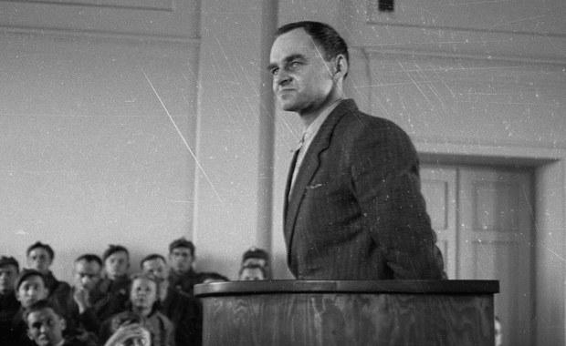 70 lat temu, 8 maja 1947 r. funkcjonariusze UB aresztowali rotmistrza Witolda Pileckiego, oficera ZWZ-AK, który w 1940 r. dobrowolnie poddał się aresztowaniu i wywózce do Auschwitz, aby zdobyć informacje o obozie. W 1948 r. Pilecki został przez władze komunistyczne skazany na śmierć i stracony.
