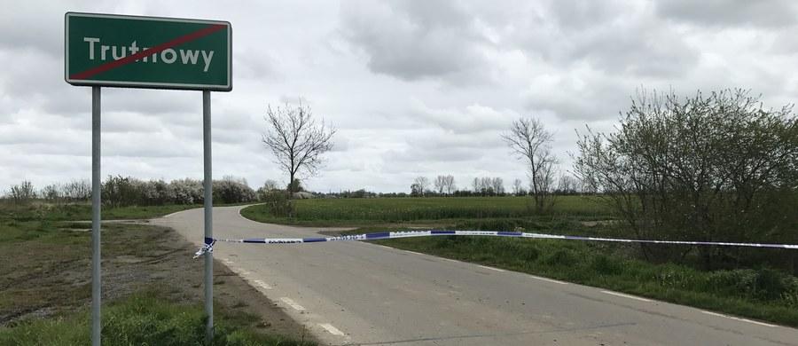 Ktoś włamał się w nocy do rurociągu PERN koło Pruszcza Gdańskiego - dowiedział się reporter RMF FM Kuba Kaługa. Doszło do wycieku ropy. Chodzi o fragment instalacji między miejscowościami Trutnowy oraz Miłocin.