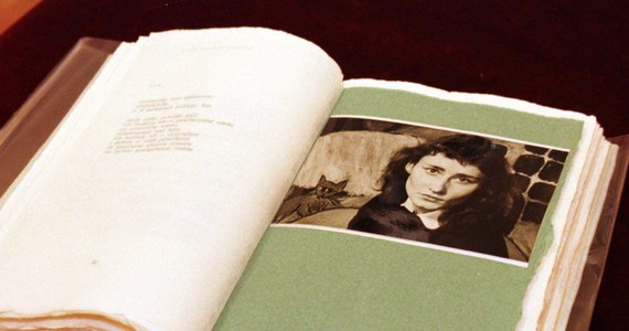 """82 lata temu w Częstochowie urodziła się Halina Poświatowska, poetka, autorka m.in. zbiorów wierszy """"Hymn bałwochwalczy"""", """"Dzień dzisiejszy"""", """"Oda do rąk"""". Zmarła 11 października 1967 r. Do dziś jej twórczość zachwyca i inspiruje. Jest popularna nie tylko wśród młodych ludzi."""