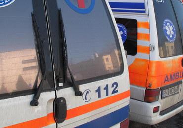 Pół roku więzienia za zdemolowanie karetki i zaatakowanie ratowników