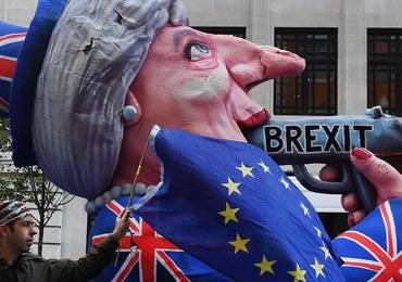 Polacy chcą emigrować do Wielkiej Brytanii. Brexit może zamknąć im drzwi
