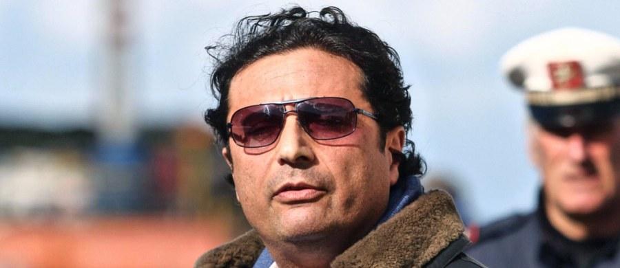 W pojedynczej celi w rzymskim więzieniu Rebibbia osadzony został kapitan statku Costa Concordia Francesco Schettino, skazany w piątek prawomocnie na 16 lat więzienia za doprowadzenie do katastrofy wycieczkowca w 2012 roku. Zginęły w niej 32 osoby.