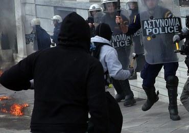 Grecja sparaliżowana strajkiem. W Atenach policja użyła gazu łzawiącego