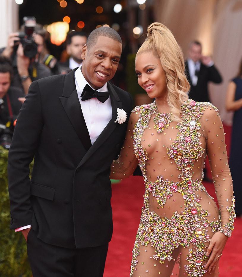 """Eksperci z magazynu """"Forbes"""" oszacowali, że majątek gwiazdorskiej pary - Beyonce i Jaya Z - wart jest ponad miliard dolarów."""