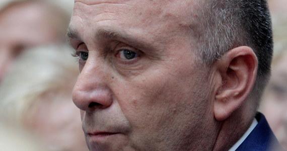 """Szef PO Grzegorz Schetyna zadeklarował, że Platforma po objęciu rządów nie zamknie programu Rodzina 500 Plus. """"Wymaga on natomiast zmian i sprawiedliwszego rozdziału środków - także na pierwsze dziecko"""" - podkreślił."""