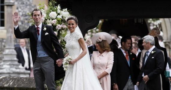 To był wielki dzień młodszej siostry księżnej Cambridge! Philippa Middleton wyszła za mąż za multimilionera. Zobaczcie, jak prezentowała się Pippa i jej wybranek James Matthews podczas uroczystości ślubnej.