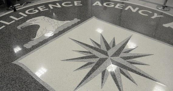 """Co najmniej 18 informatorów CIA w Chinach zostało zabitych lub trafiło za kratki w latach 2010-2012, co na długi czas znacznie utrudniło zbieranie informacji wywiadowczych przez USA w Państwie Środka - podał dziennik """"New York Times""""."""
