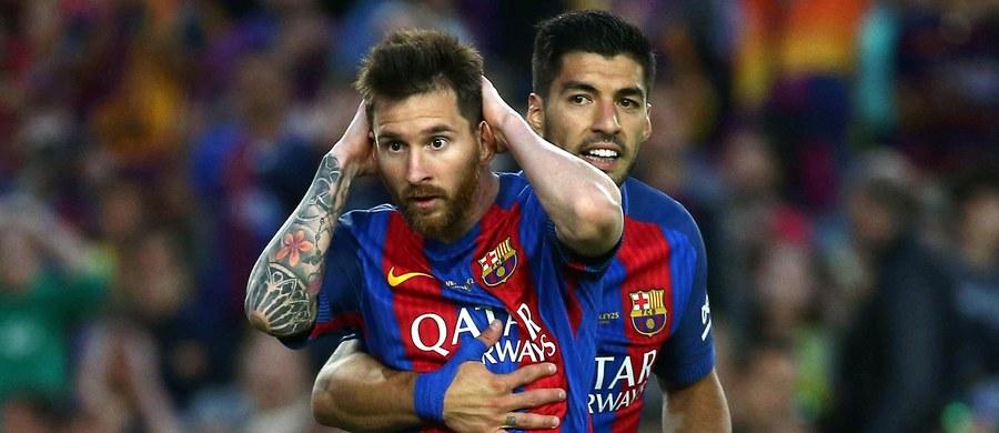 Lionel Messi z Barcelony - królem strzelców hiszpańskiej La Liga! W 38 kolejkach zakończonego w niedzielę sezonu 2016/17 Argentyńczyk zdobył 37 goli. Drugiego w tym zestawieniu Urugwajczyka Luisa Suareza, kolegę z drużyny, wyprzedził o osiem bramek.