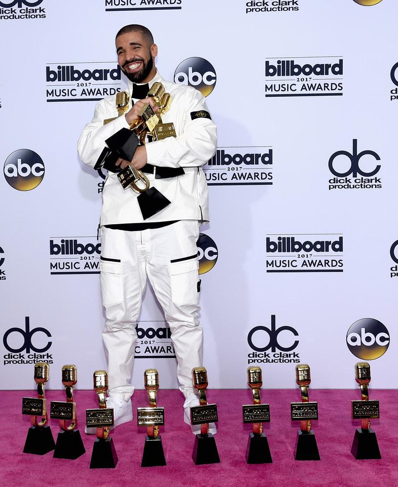 Rekordowe 13 statuetek Billboard Music Awards zabrał do domu kanadyjski raper Drake.
