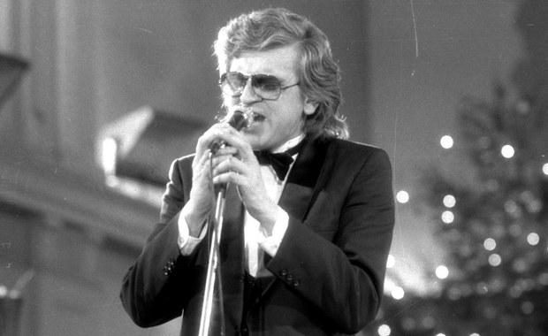 W wieku 67 lat zmarł Zbigniew Wodecki. Wiadomość o odejściu słynnego muzyka zszokowała i zasmuciła wielu jego fanów. A jak Wy wspominacie tego wybitnego artystę? Które jego piosenki szczególnie utkwiły Wam w pamięci? Czekamy na Wasze komentarze - będziemy je cytować na antenie RMF FM.