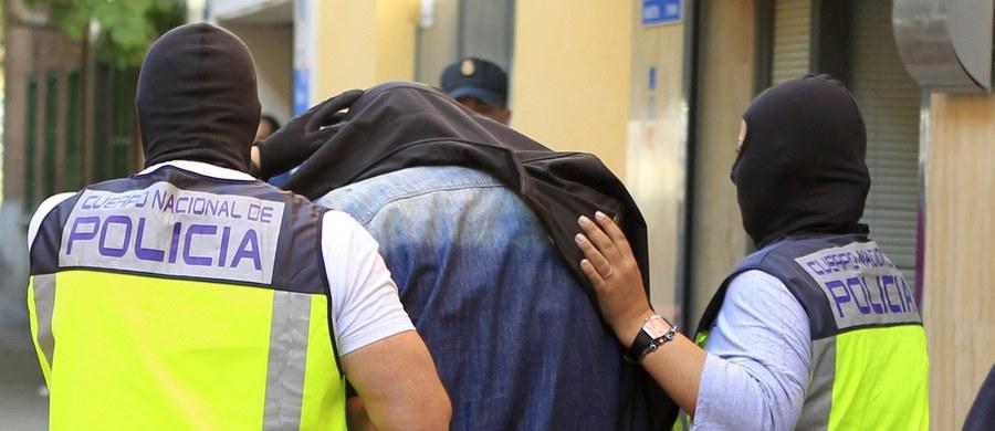 Policja zatrzymała we wtorek w Madrycie dwóch domniemanych dżihadystów powiązanych z tzw. Państwem Islamskim. Według hiszpańskich organów ścigania obaj mężczyźni to potencjalni zamachowcy samobójcy.