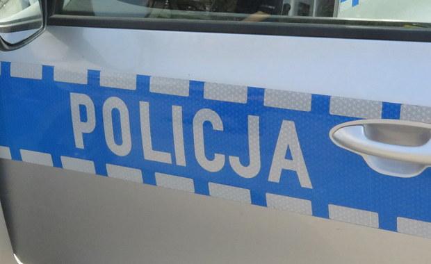 Pościg za skradzionym autem na krajowej drodze nr 92 w Torzymiu w Lubuskiem. Ranny został policjant. Informacja w tej sprawie dotarła do nas na Gorącą Linię RMF FM.