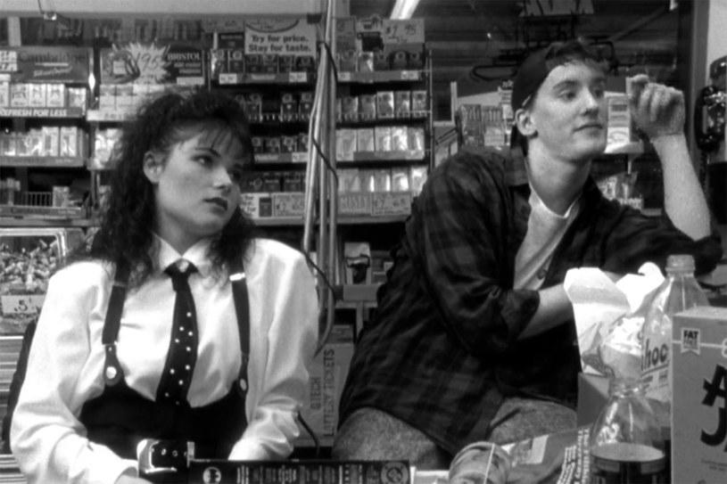 """Lisa Spoonauer, gwiazda kultowego filmu Kevina Smitha """"Sprzedawcy"""", zmarła w wieku 44 lat."""